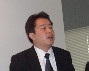 プロダクトマーケティングマネージャーの岡本元央氏